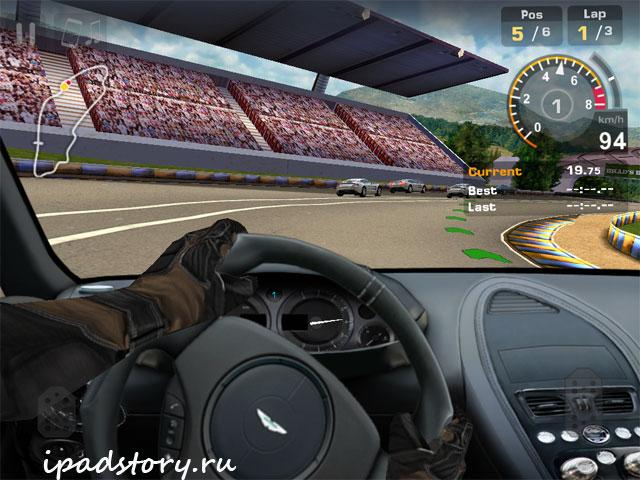трибуны в игре GT Racing: Motor Academy Free+™, скриншот