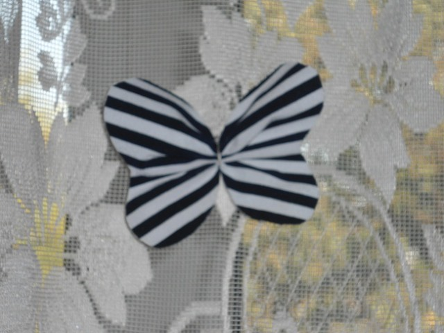 волшебная бабочка на шторах